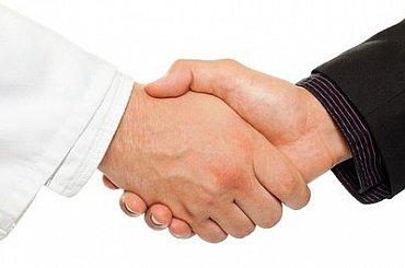 Jednání o jaderné dohodě s Íránem jsou zatím úspěšná. Signatářům se podařilo sblížit názory s USA