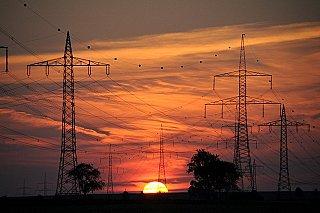 Spotřeba elektřiny v ČR se vrací na úroveň roku 2019. Klesá vývoz energie a výroba z uhlí